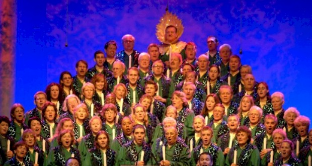 Disney Holiday Celebrations including the Candlelight Processional at Epcot