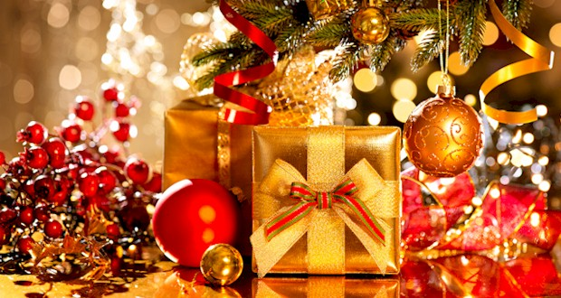 Homes decorated for the holidays in Orlando. Where to find decorated homes.