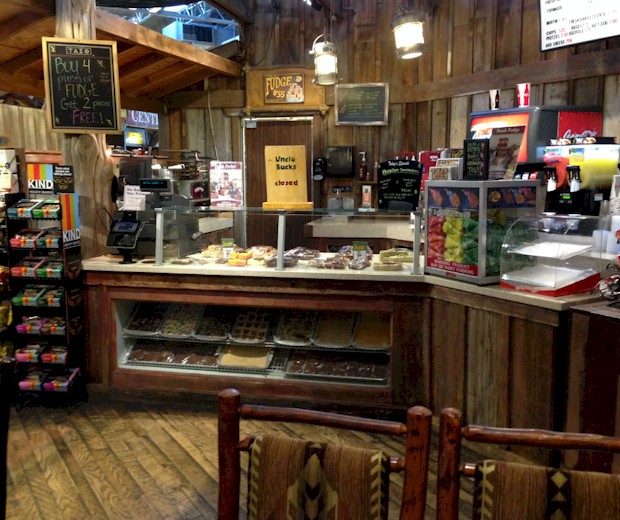 Uncle Buck's Cabin for Snacks at Bass Pro Shops Orlando
