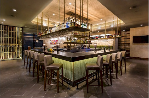 First floor bar at Del Frisco's in Orlando