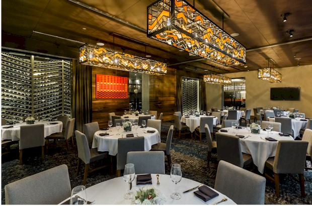 Private dining for large events at Del Frisco's in Orlando