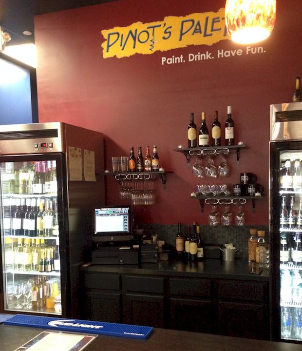 Pinot's Palette Bar