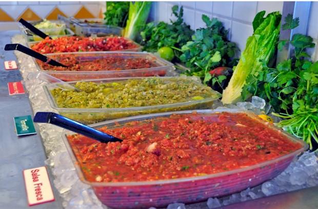 zona-fresca-salsa-bar